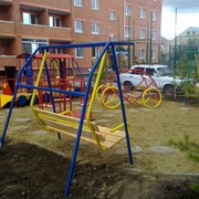 Детские качели парковые фото