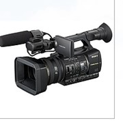 Профессиональная цифровая HD видеокамера Sony HXR-NX5E фото