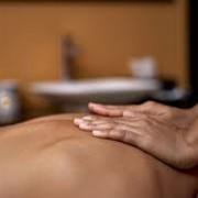 Лечебный массаж спины фото
