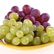 Продукты и напитки. Грибы, ягоды и орехи. Виноград. фото