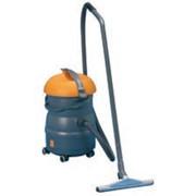 Промышленный пылесос-пылеводосос для сухой и влажной уборки TASKI Vacumat 22 Артикул 70003306 фото