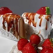 """Мыло сувенирное ручной работы """"Торт с клубникой"""". фото"""