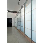 Оклейка стекла оконными плёнками фото