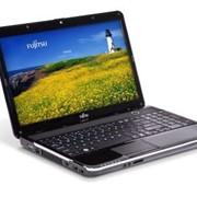 Ноутбук Fujitsu LIFEBOOK AH531 фото