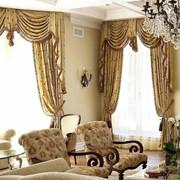 Классические шторы с ламбрекеном фото