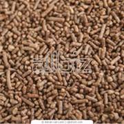 Кормовые добавки, премиксы, кормовые концентраты для животноводства. фото