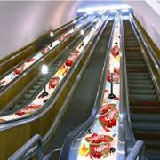 Размещение рекламы на эскалаторах метрополитена фото
