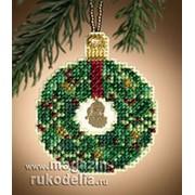 Набор для вышивания Emerald Wreath фото