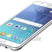 Смартфон Samsung Galaxy J7 SM-J700 фото
