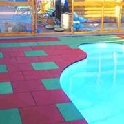 Резиновое покрытие для аквазон. фото