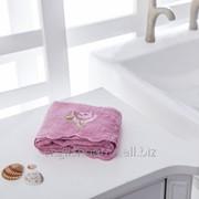 Рушник Lora для рук з вишивкою 30x45 темно-рожевий фото