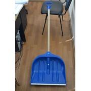 Лопата для снега 31х43 з ручкою фото
