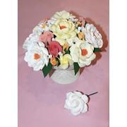 Интерьерная композиция с пионами и розами фото
