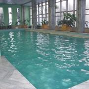 Бассейн крытый плавательный, Бассейн в гостинице фото
