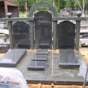 Мемориальный комплекс тройной с аркой фото