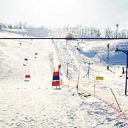 Зимний отдых. Сорочин Яр - это современная горнолыжная база, центр активного зимнего отдыха. фото