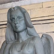 Лепка скульптуры на заказ (бюсты, барельефы, скульптура в полный рост). фото
