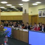 Проведение презентации и пресс-конференции фото