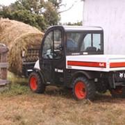 Универсальные мини-грузовики TOOLCAT 5600 фото