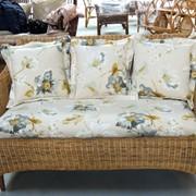 Подушки и матрасы на садовую мебель. фото
