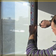 Услуги по ремонту пластиковых окон фото