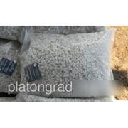 Щебень мраморный пакетированный 20 кг фото