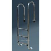 Лестница 2-х ступенчатая , стандартные ступени - антислип, серия М фото