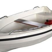 Моторно-гребная лодка Sealark 320 фото