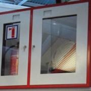 Шкаф пожарный двухсекционный встроенный фото