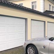 Ворота утепленные секционные гаражные Hormann (можно с приводом) фото