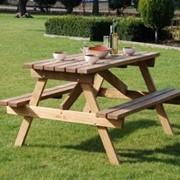 Мебель дачная, стол и стулья с дерева для дачи фото
