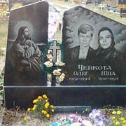 Памятник из гранита двухсекторный фото