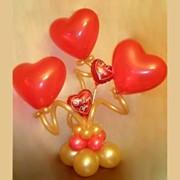 Воздушные шары, наполненные гелием. Интересные фигуры фото