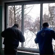 Монтаж металлопластиковых окон, дверей, конструкций фото