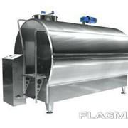 Охладитель молока закрытого типа 2500 литров (бочка в бочке) фото