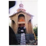 Церкви деревянные из оцилиндрованного бревна. фото
