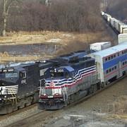 Железнодорожные грузоперевозки - оказание услуг фото