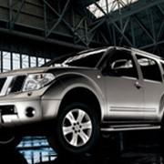 Автомобиль 4х4 Nissan Pathfinder фото