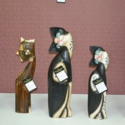 Статуэтки деревянные фото