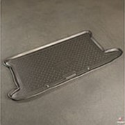 Коврик в багажник Toyota Yaris 2006-2010 (полиуретановый с бортиком) фото