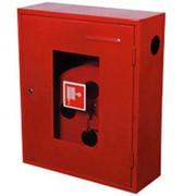 Шкафы пожарные для пожарных рукавов и огнетушителей фото