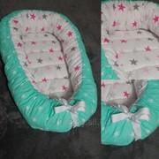 Гнездо-кокон для новорожденных на заказ Мятное фото