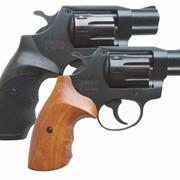 Револьвер Сафари РФ 420 с пластиковой рукоятью фото
