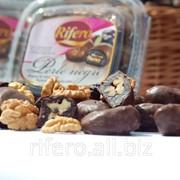 Конфеты Чернослив с грецким орехом в шоколаде фото