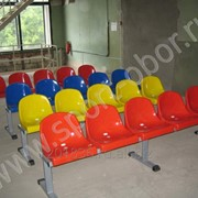 Скамейка для кабинок металл/пластик, 5 места, 2300х700х450мм фото