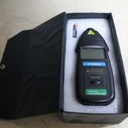 Цифровой лазерный тахометр фото