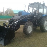 Погрузочное устройство на базе трактора Беларус-82.1 фото