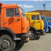 Стоянка для отстоя грузового транспорта фото