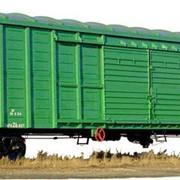 Крытые грузовые вагоны фото
