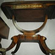 Антикварный карточный стол конец 18-го века. фото